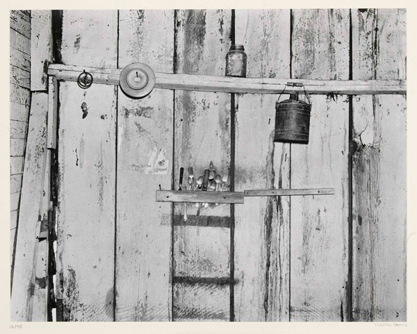 Walker-Evans-Kitchen-Wall_600